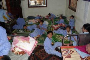 2009 - 30 Kinder in einem Raum